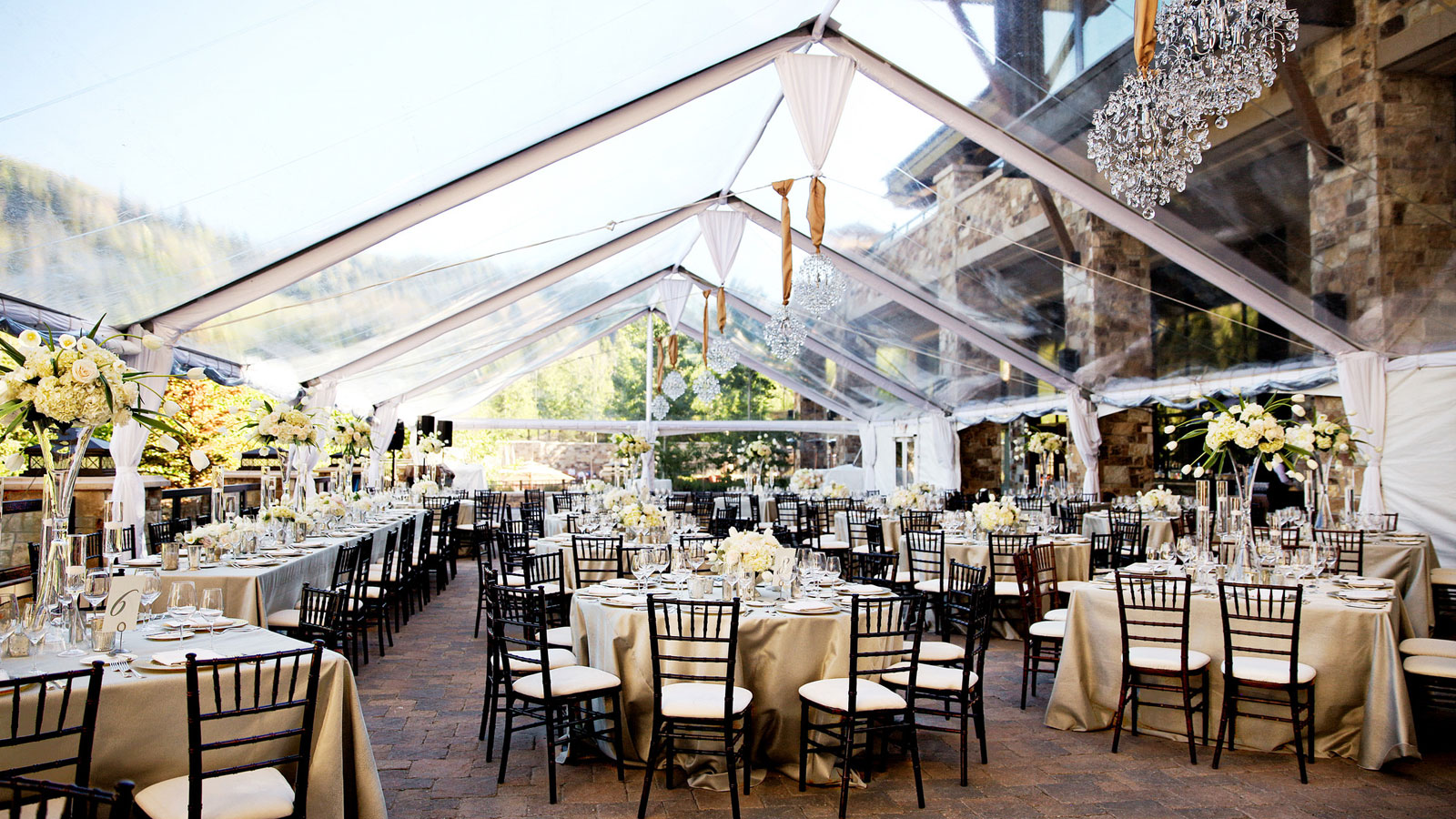 The St Regis Deer Valley Outdoor Terrace